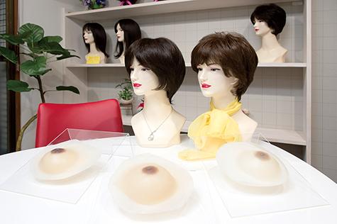 人工乳房レリエンスメディケアの新潟駅前相談室の応接室